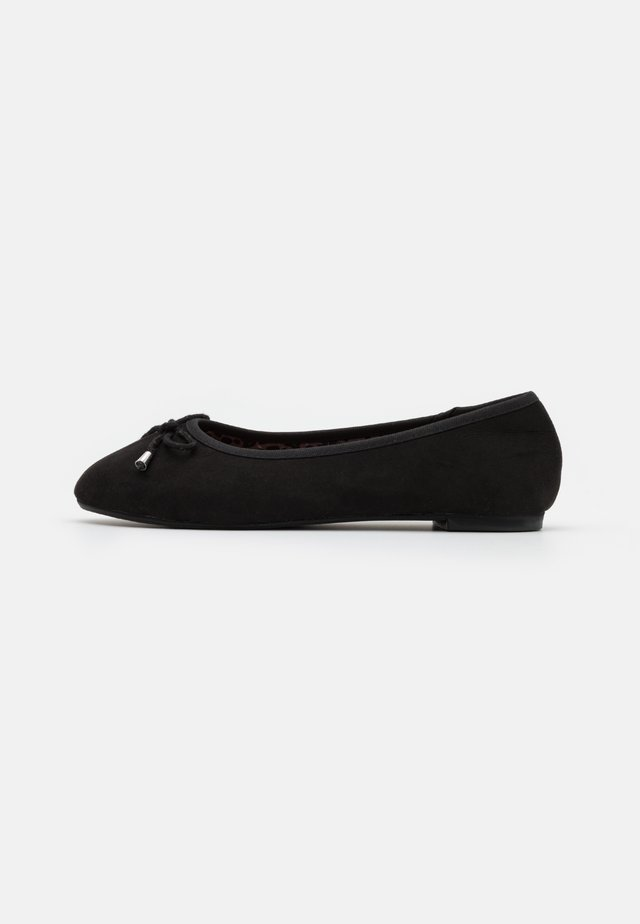 WIDE FIT ILKLEY - Ballerinat - black