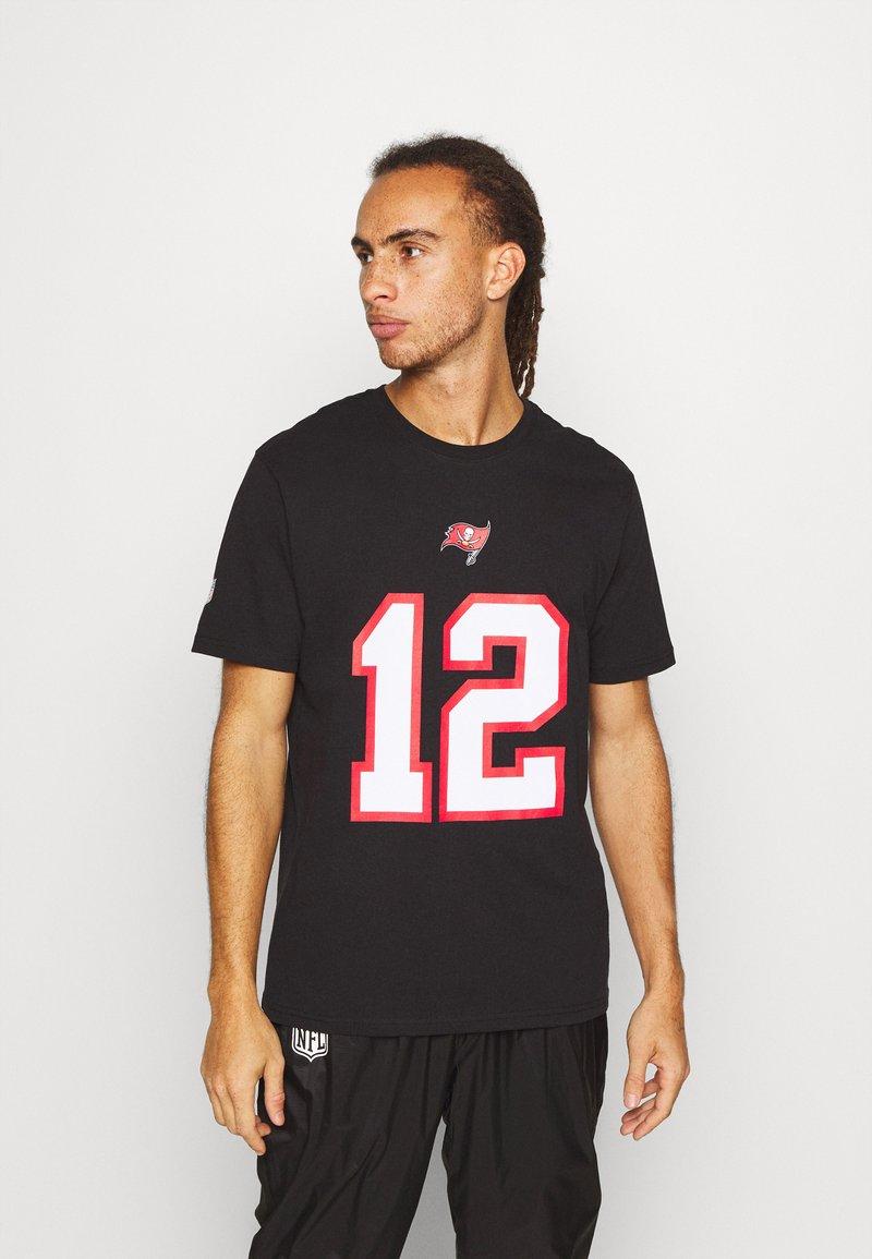 Fanatics - NFL TOM BRADY TAMPA BAY BUCCANEERS ICONIC NAME NUMBER GRAPHIC  - Club wear - black