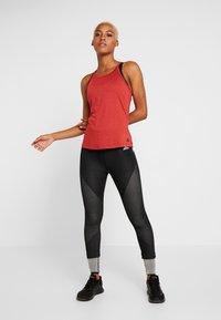 adidas Performance - PERF - Treningsskjorter - red melange - 1