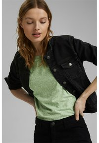 Esprit - PER COO CLOUDY - Basic T-shirt - leaf green - 5