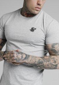 SIKSILK - SHORT SLEEVE GYM - T-shirt basic - grey marl - 4