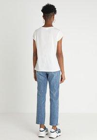 Vero Moda - VMAVA PLAIN - T-shirt basic - snow white - 2