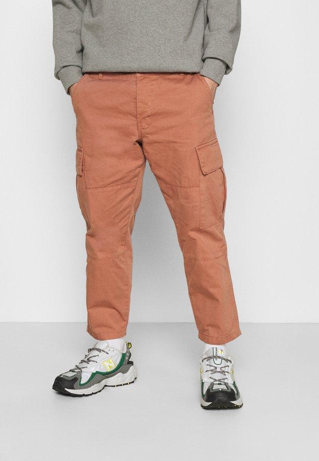 JOSEPH TROUSERS - Pantaloni cargo - peach