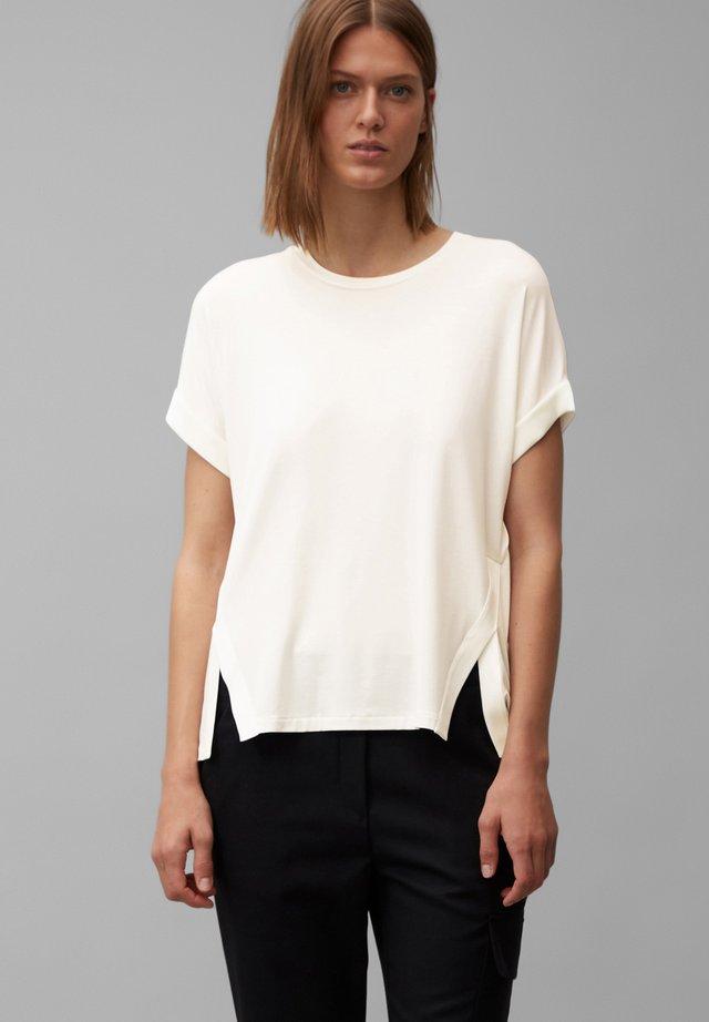 Basic T-shirt - clear white
