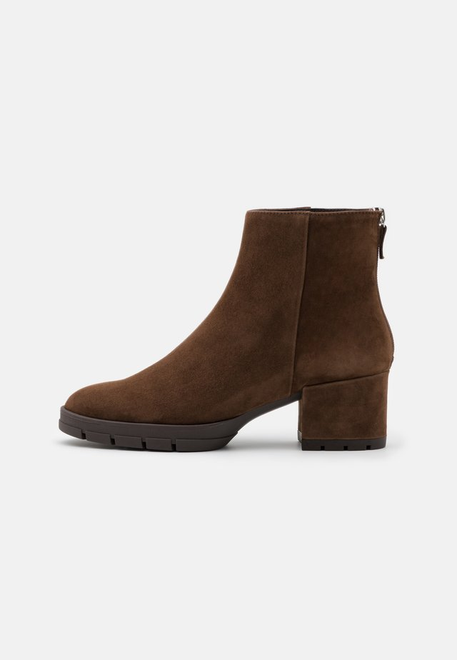 JAICO - Classic ankle boots - truffle