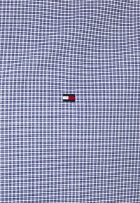 Tommy Hilfiger Tailored - MINI CHECK SLIM FIT - Shirt - navy/white - 5