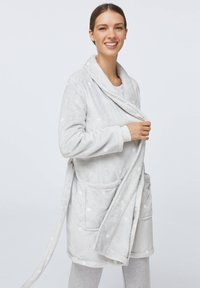 OYSHO - GREY SOFT WITH HEARTS - Accappatoio - light grey - 0