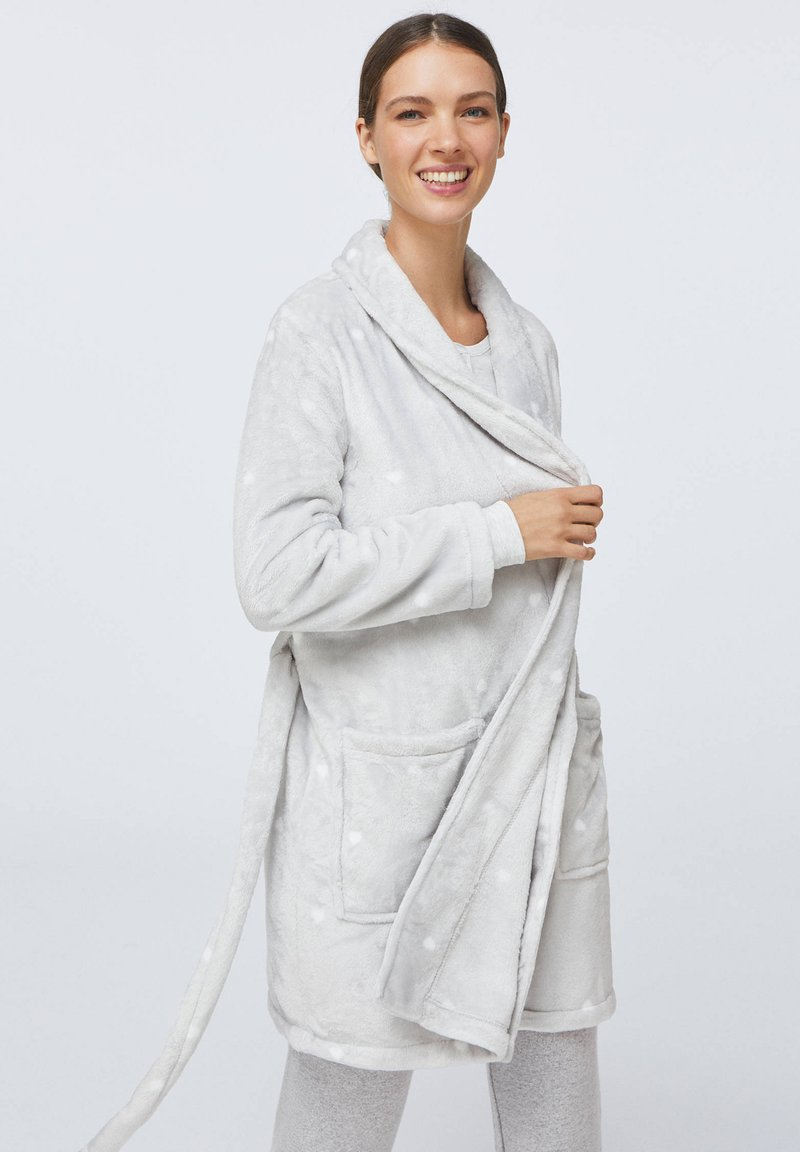OYSHO - GREY SOFT WITH HEARTS - Accappatoio - light grey