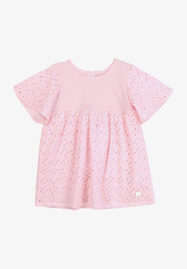 Robe d'été - baby pink