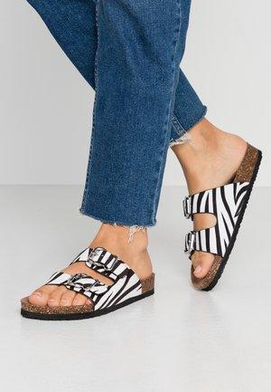 ONLMATHILDA ANIMAL SLIP ON - Slippers - black/white