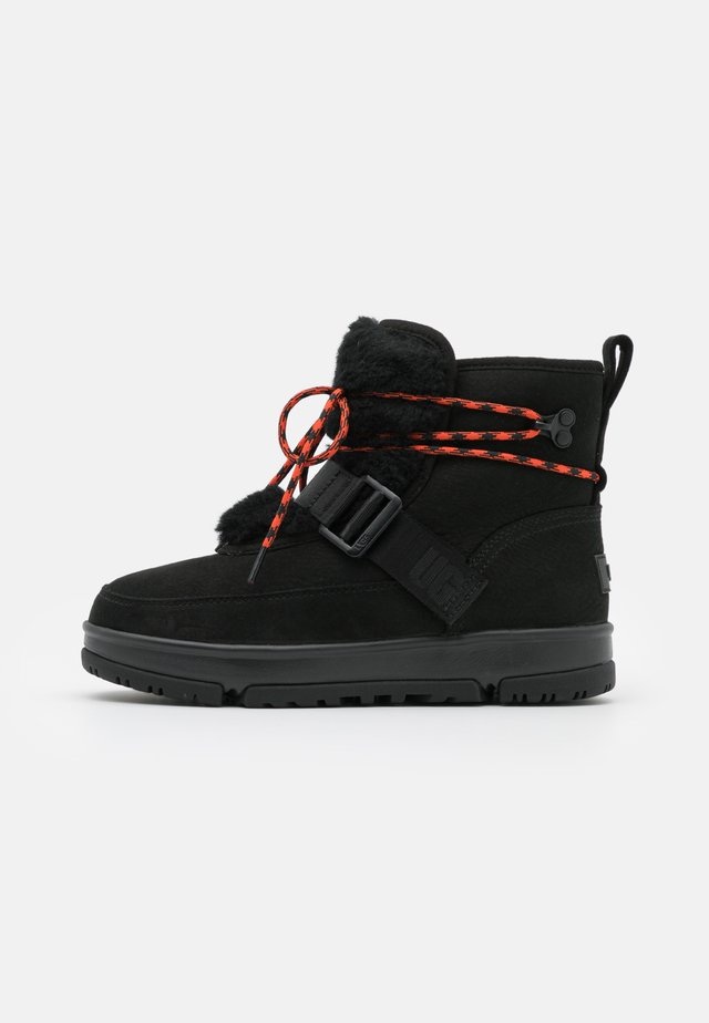 CLASSIC WEATHER HIKER - Snowboots  - black