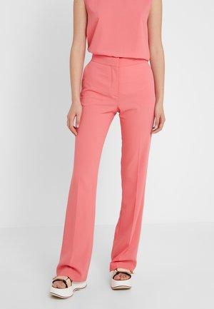 Trousers - poppy peach
