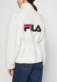 Fila - SARI SHERPA JACKET - Winter jacket - eggnog - 6