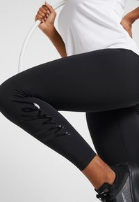 Nike Performance - Tights - black/gunsmoke/atmosphere grey/black - 3