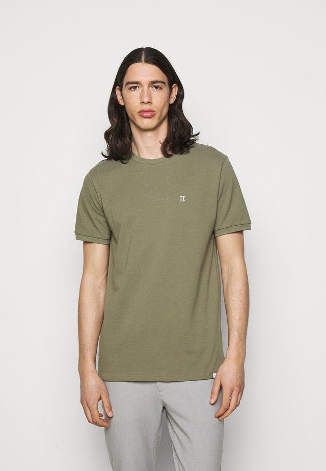 Basic T-shirt - duffleback green