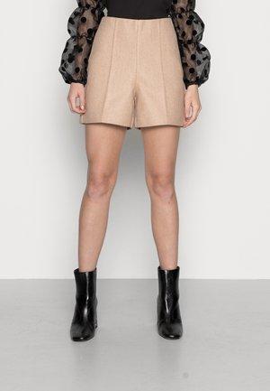 VMFORTUNSALLY SHORTS - Shorts - tan