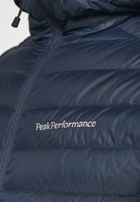Peak Performance - FROST HOOD JACKET - Down jacket - blue shadow - 5