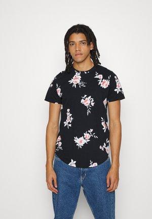CURVED HEM PATTERN - T-shirt z nadrukiem - black