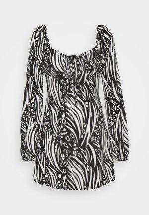 MILKMAID SKATER - Robe d'été - black