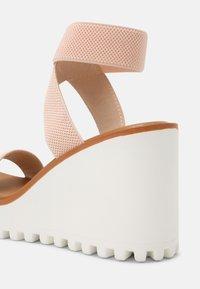 Madden Girl - CARLOTTE - Platform sandals - blush - 5