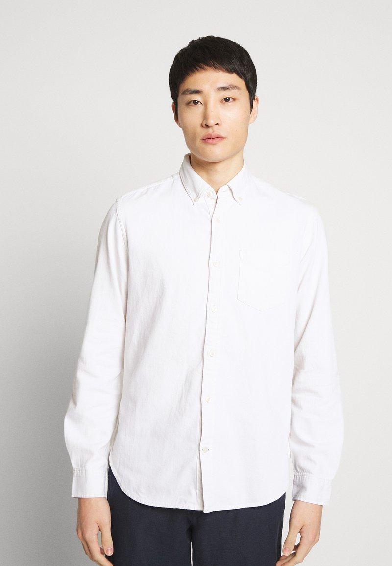 GAP - SLIM - Shirt - ecru