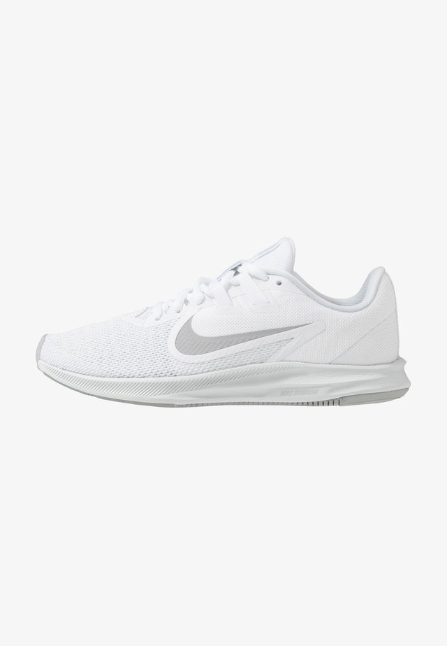 DOWNSHIFTER  - Neutral running shoes - white/wolf grey/pure platinum