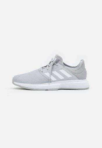 GAMECOURT  - Multicourt tennis shoes - grey two/footwear white/silver metallic