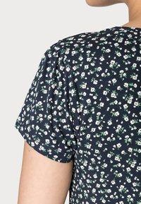 Springfield - ABULLONAD - Print T-shirt - medium blue - 4