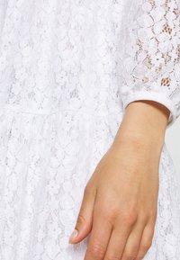 NA-KD - PUFF SLEEVE DRESS - Day dress - white - 5