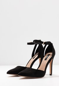 ONLY SHOES - ONLCHLOE - Escarpins à talons hauts - black - 4