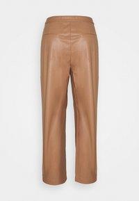 DESIGNERS REMIX - MARIE PLEAT PANTS - Trousers - camel - 1
