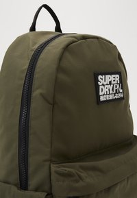 Superdry - CLASSIC MONTANA - Rucksack - forest pine - 2
