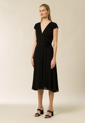 WRAP DRESS MIDI LENGTH - Day dress - black