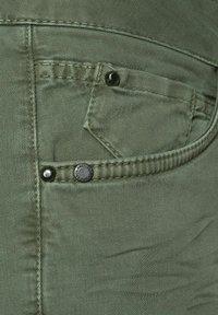 Cecil - MIT CARGO-TASCHEN - Cargo trousers - grün - 4