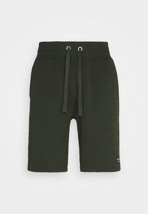 CENTRE SHORTS - Pantalón corto de deporte - rosin