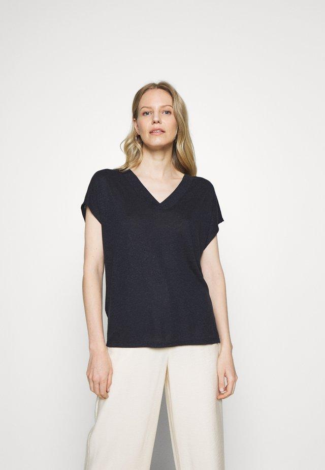 KLIMENTINE - Basic T-shirt - universe blue