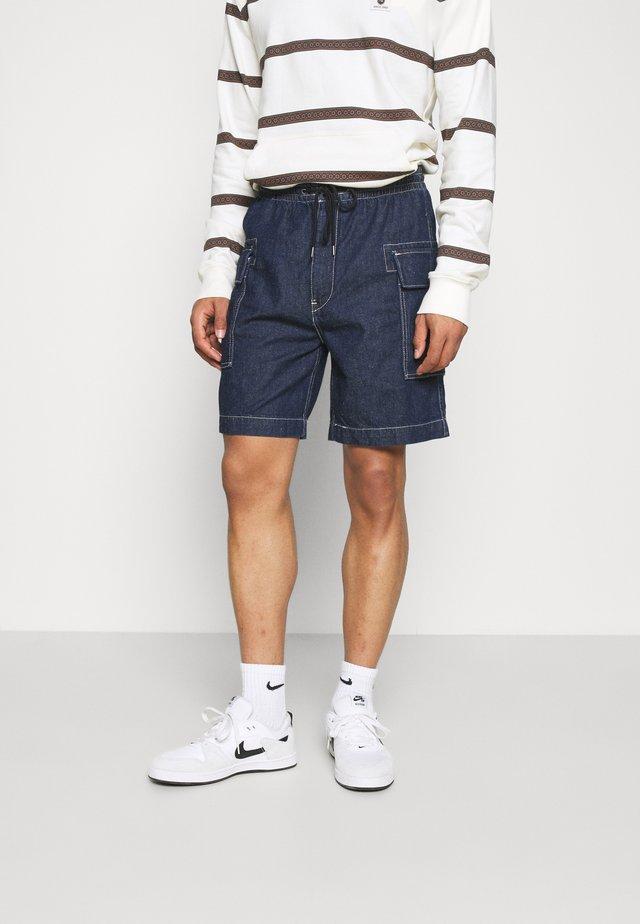CARGO SHORT STYLE - Shorts - dark indigo