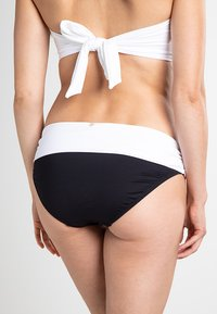 Lauren Ralph Lauren - BEL AIRE BAND HIPSTER LOGO PLATE - Bikini bottoms - black / white - 1