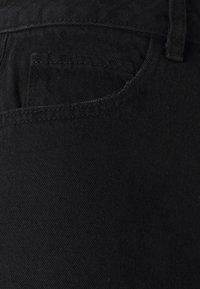 Vero Moda Tall - VMNINETEEN MIX - Shorts di jeans - black - 2