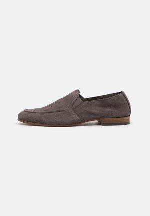 MILTON - Nazouvací boty - grey
