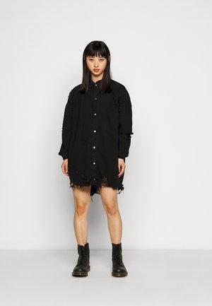 SUPER HEM DISTRESS DRESS - Denim dress - black
