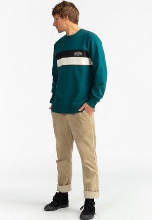 SWEAT À CAPUCHE - Sweatshirt - deep teal