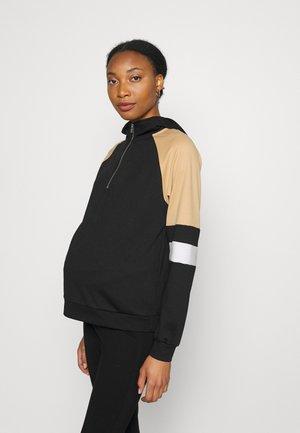 PCMMAGGYA HOODIE - Sweater - black
