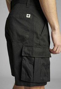 Anerkjendt - AKLT JAN TWILL - Shorts - caviar - 3