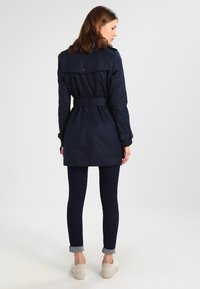 Tommy Hilfiger - HERITAGE SINGLE BREASTED - Trenchcoat - midnight - 2