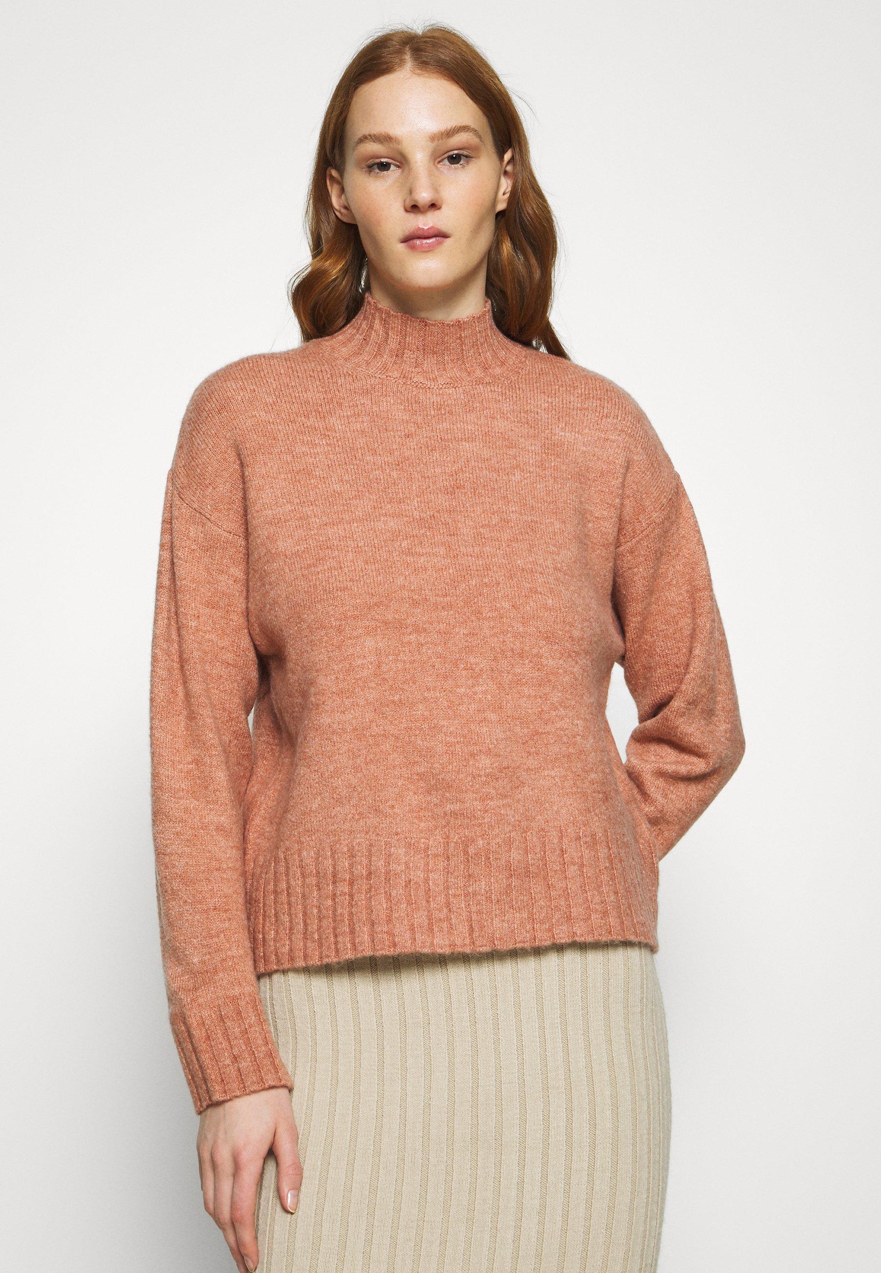 Femme STAND JUMPER - Pullover