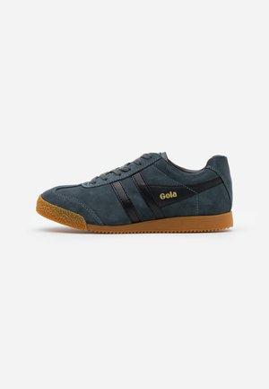 HARRIER  - Sneakers laag - graphite/black