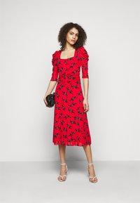 Diane von Furstenberg - ABRA DRESS - Denní šaty - red - 1