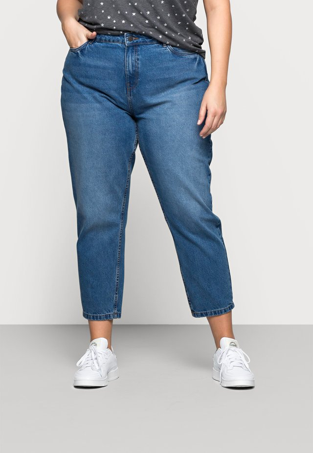 NMISABEL MOM - Džíny Relaxed Fit - medium blue denim