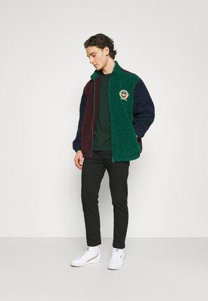 BOBBY POCKET  - T-shirt basic - dark green